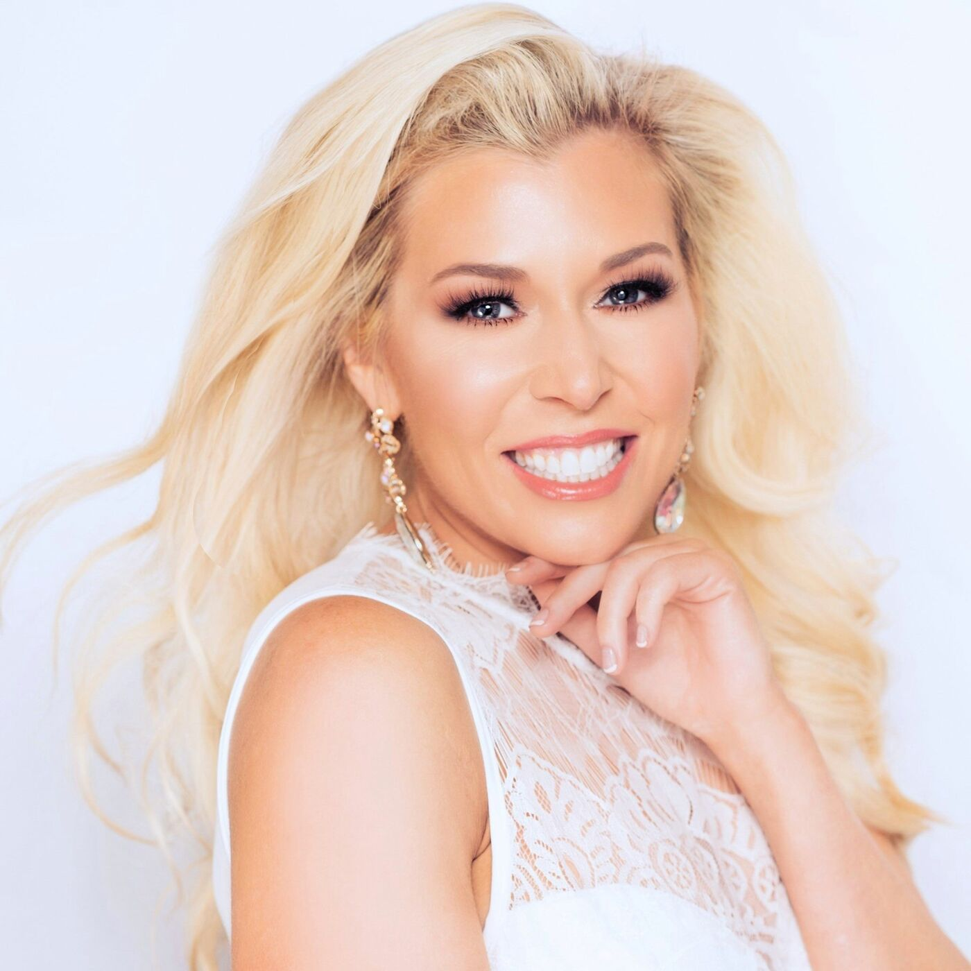 Dr. Corrine Devin, International Ms. 2020 shares her tips and tricks in pageantry and beyond....