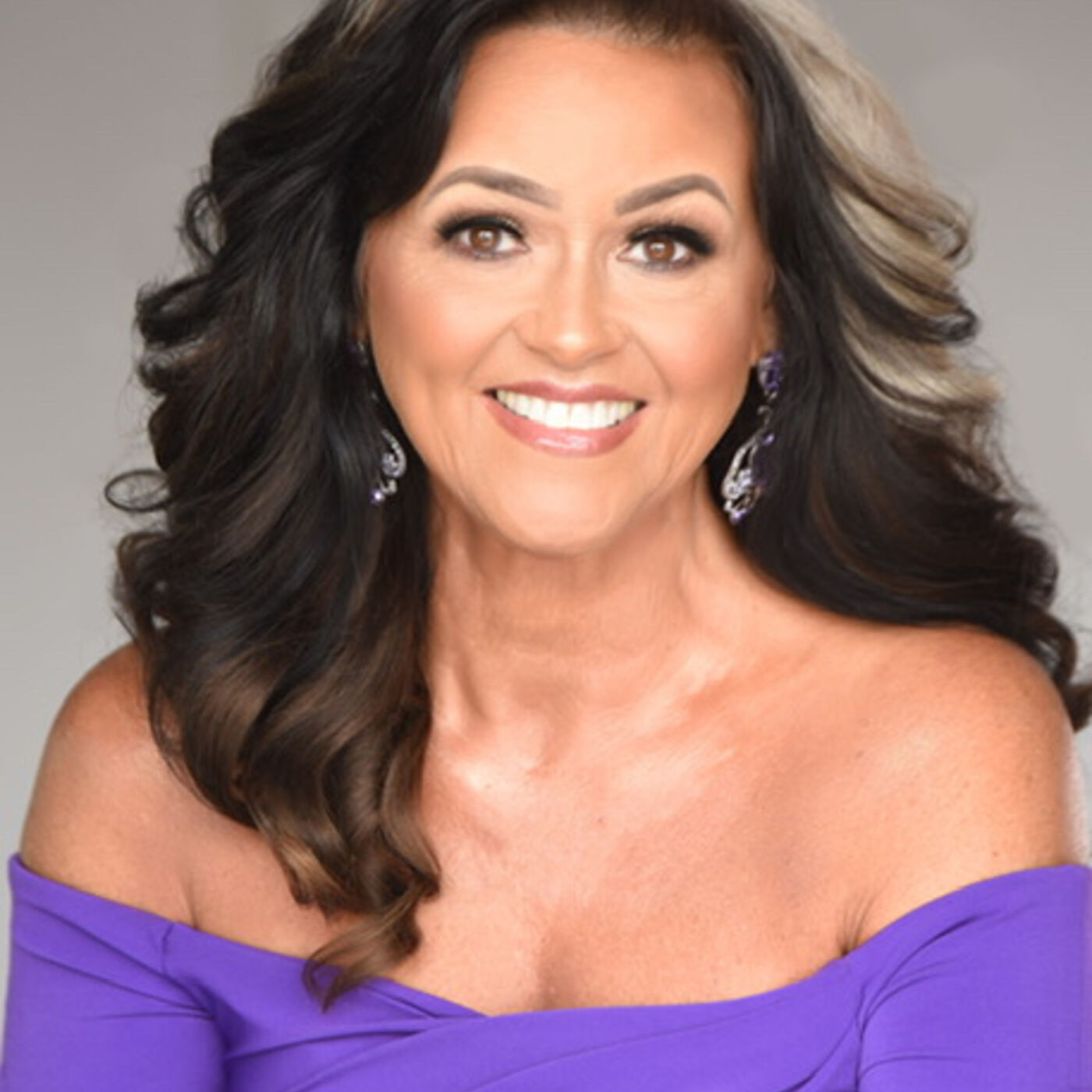 Choose to be happy! Dreisa Sherrill, Ms. Senior World 60's shares her secrets to happiness and a youthful glow.