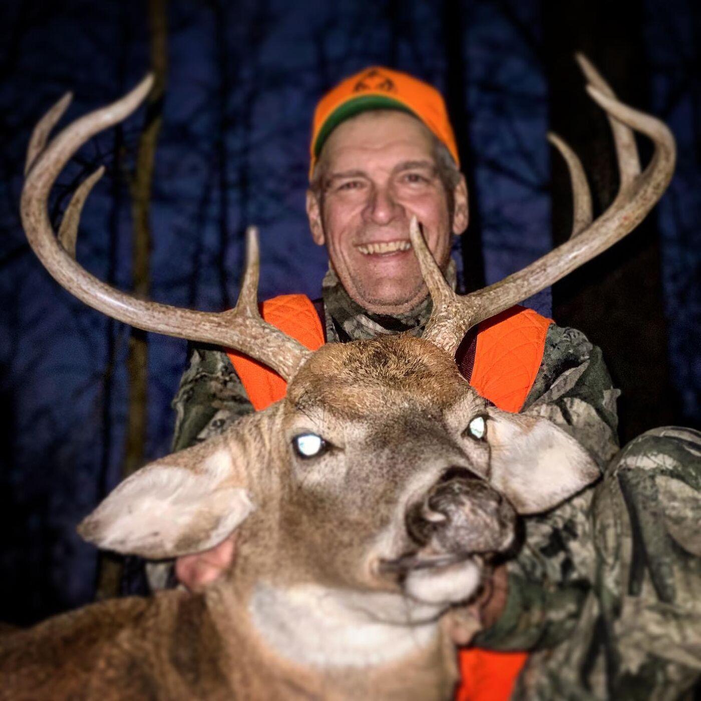 Mark Traister - Ozark Big Buck Success!