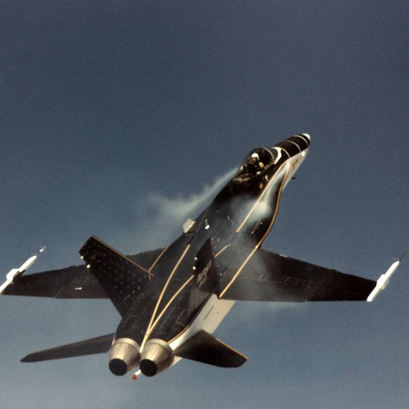 Thrust Vectoring F-18, the HARV project