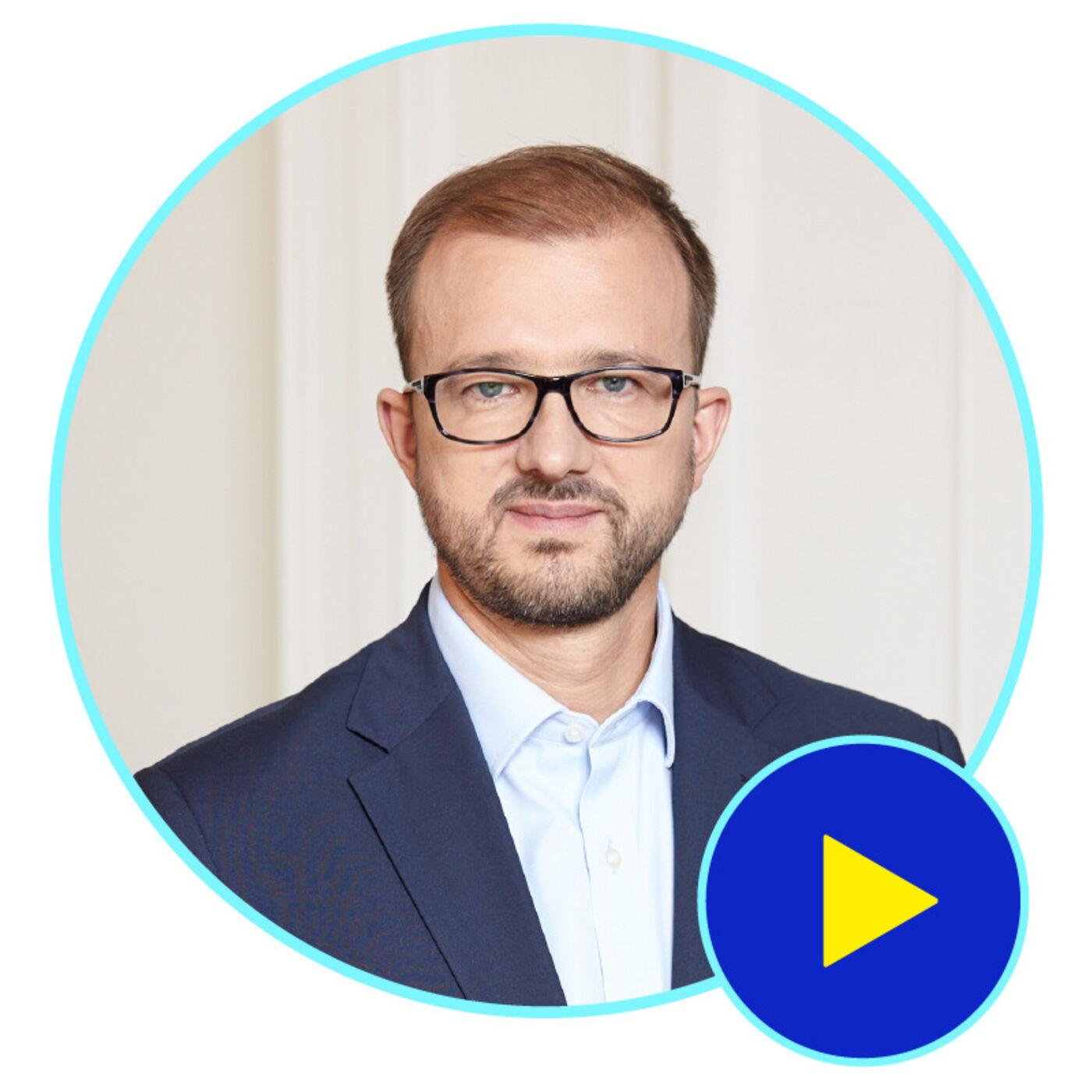 Brak zaufania jest wciąż bolączką polskiej nauki - gość Piotr Dardziński