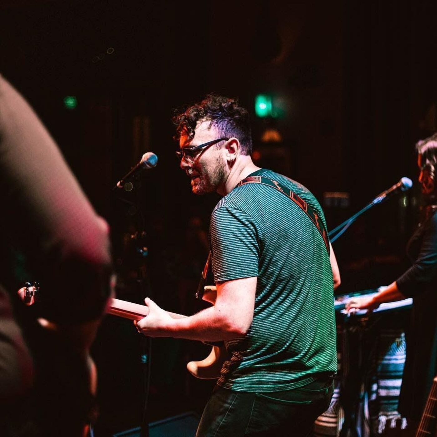 [Bonus] Music Mashtun: Jesse Gimbel performs When the Cold Night Ends!