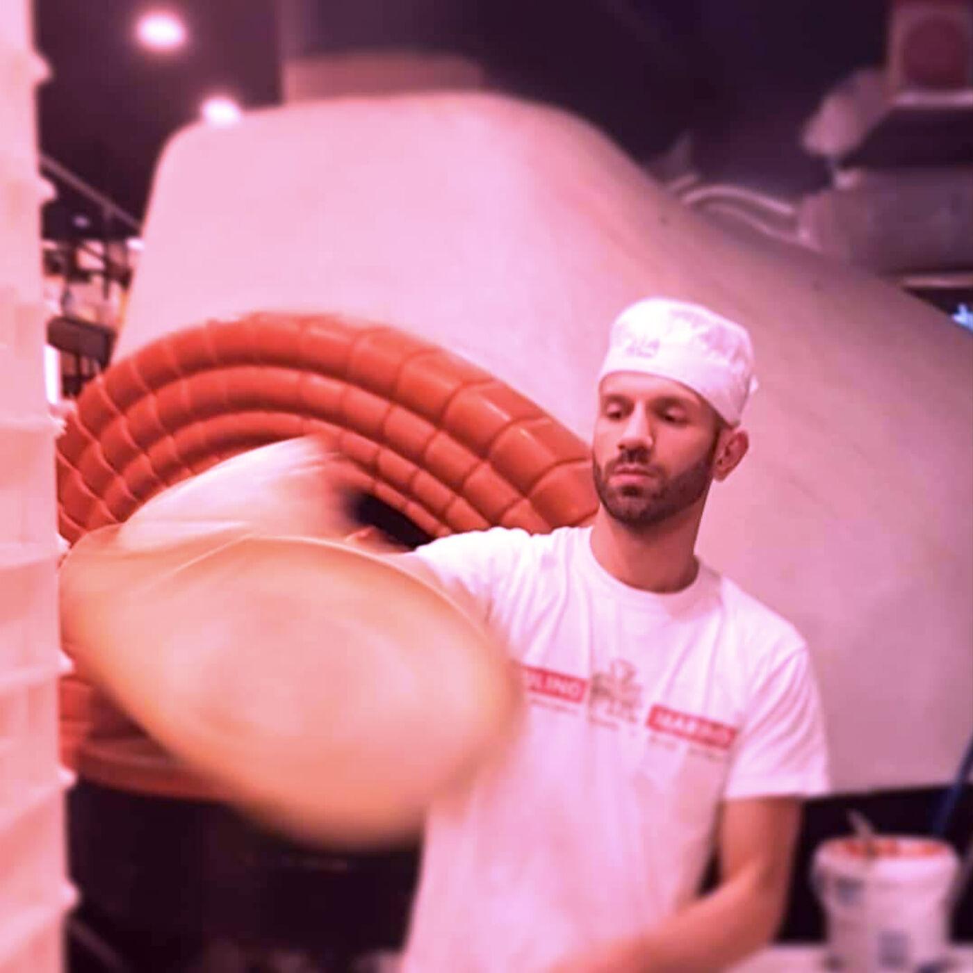 Interview with Cristian Molino, Pizza Chef & Founder of FB group 'Pizzaioli su Parigi' (ITALIAN)