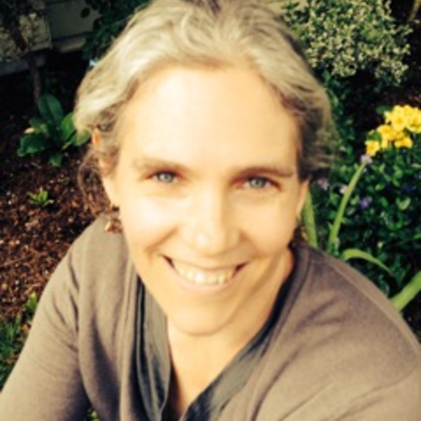WW Podcast 4 - Talking the Naturopathic approach, seasonal allergies and more with Dr. Ann Holland, ND, LAc