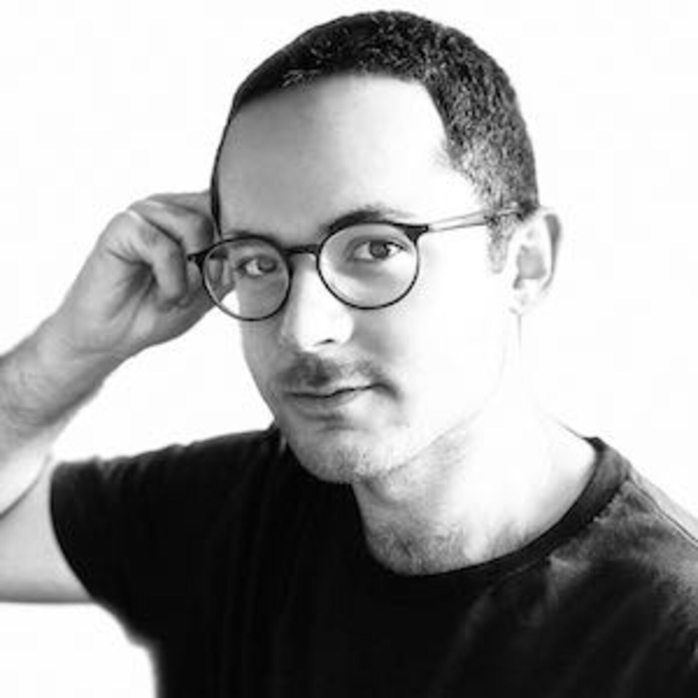 Armando in Wonderland: Illustrator Armando Veve