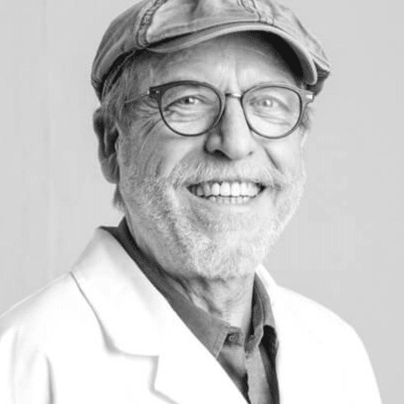Dr Mariano Garcia de Palau - tratando pacientes oncológicos con el cannabis medicinal
