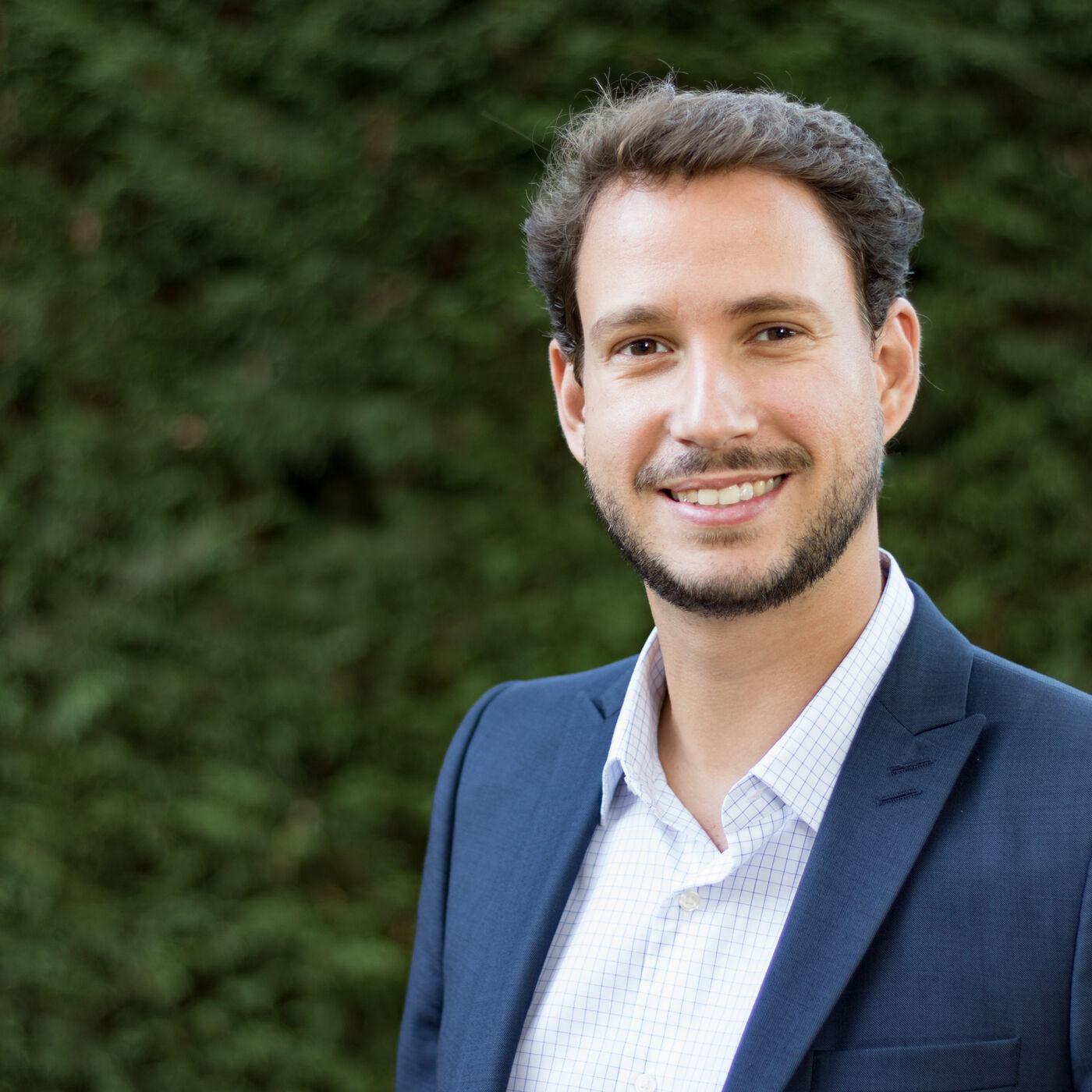 Entretien avec Paul Chiambaretto, directeur de la chaire Pégase et professeur à Montpellier Business School