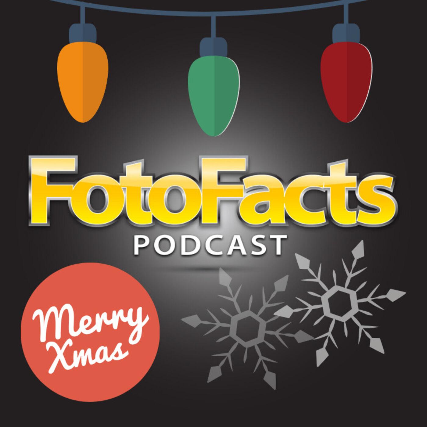 Feliz Navidad, Straps & Gifts