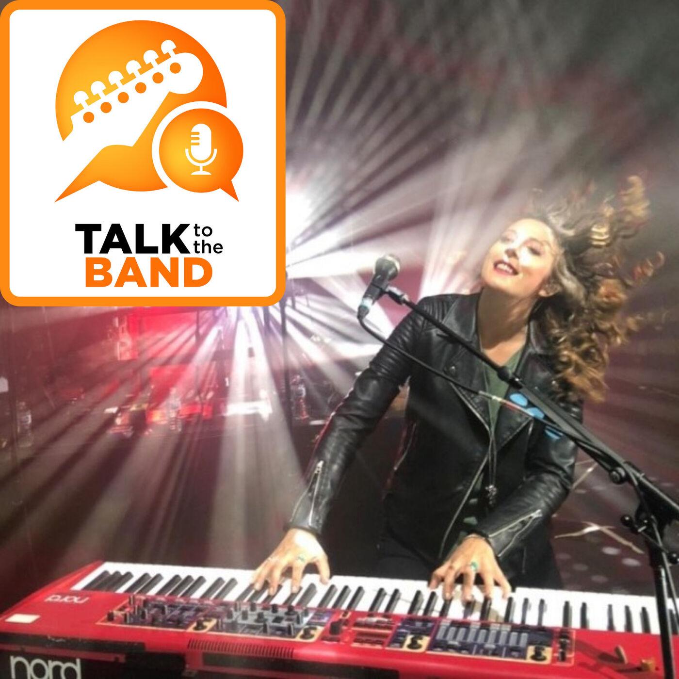 Emily Lynn - Vocalist with Aussie Pink Floyd