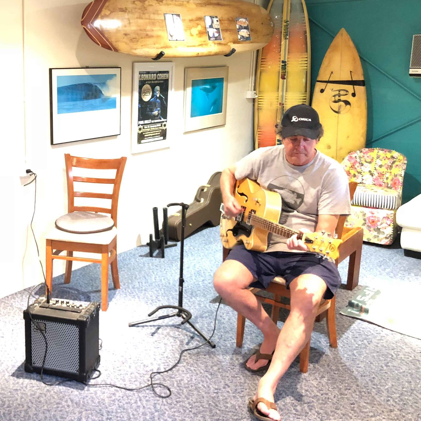 Peter Sheely - surfboards and guitars in Newcastle