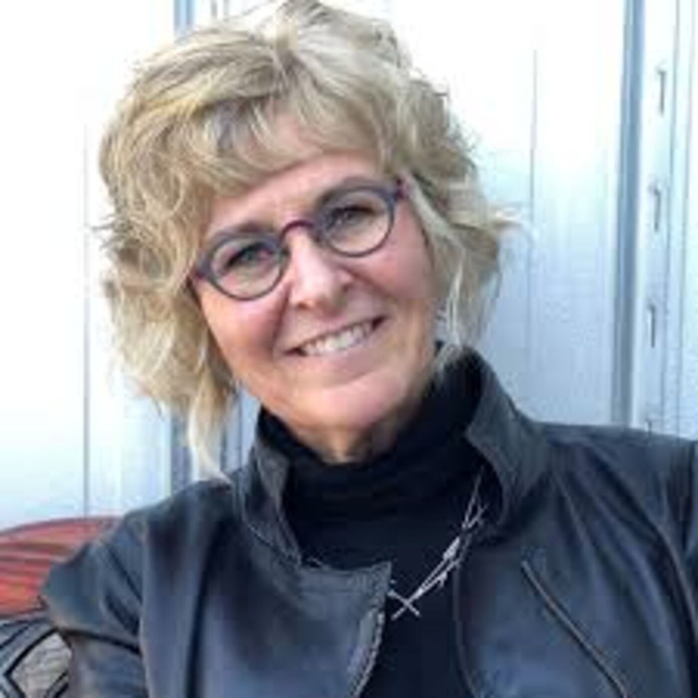 """Episode 9 -  Kim Barthel- Relationships matter in developing resilience. """"The only person you can change is yourself"""" practice self care as a way to help others."""