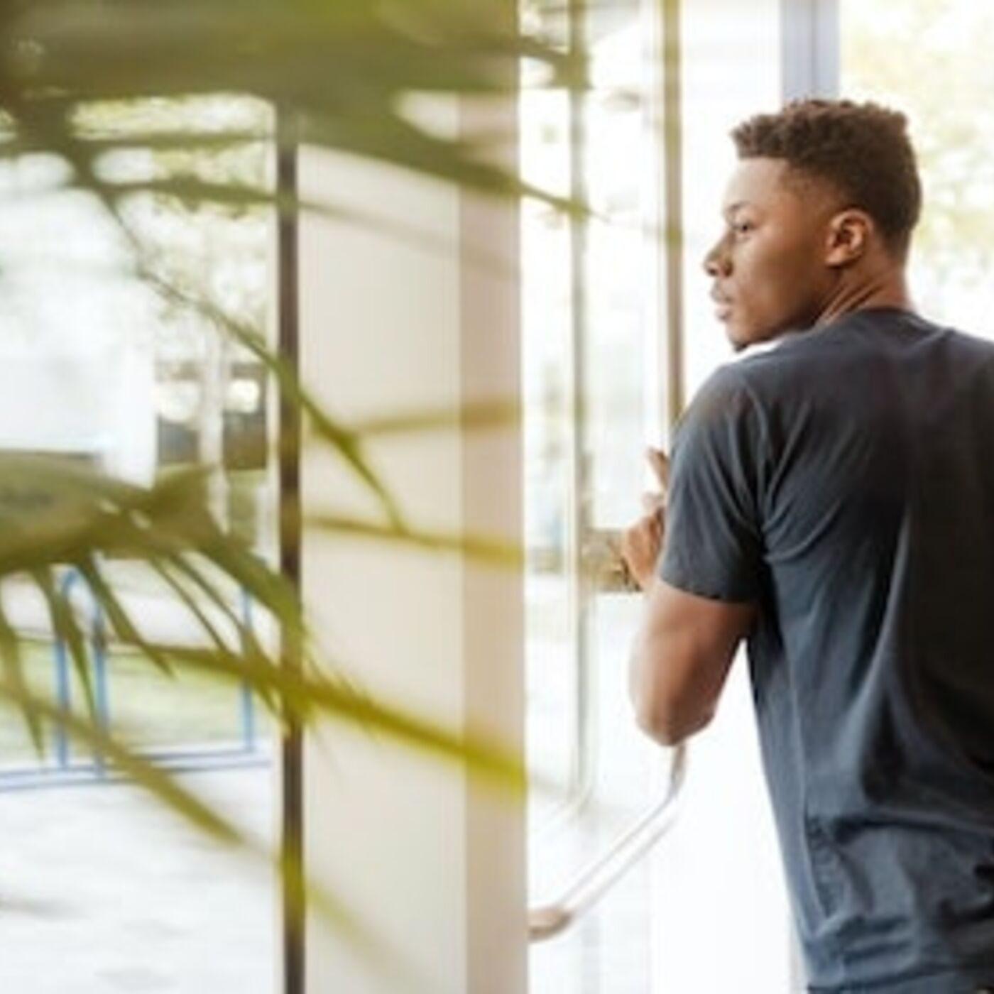 How to Prepare Transracial Adoptees for Transitioning to College
