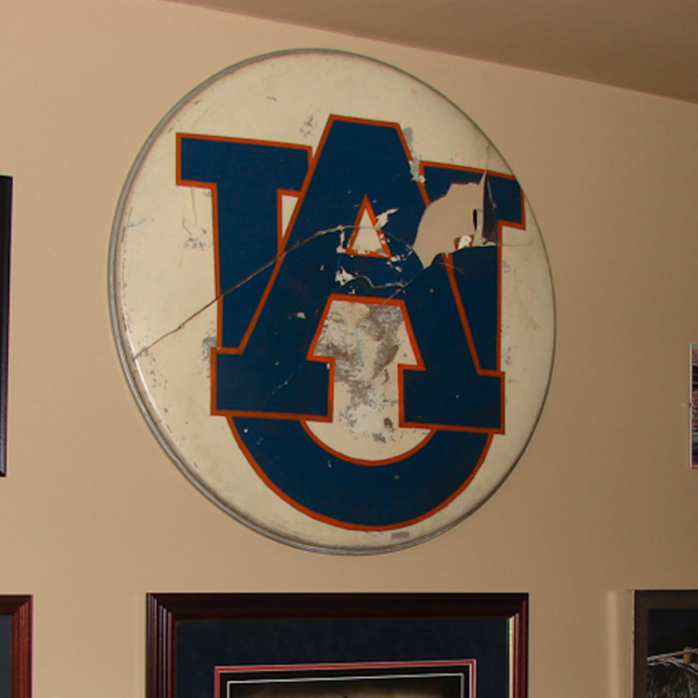 "8/10/19: Former Auburn Band member who created iconic ""AU"" logo talks tweaks, reminisces"